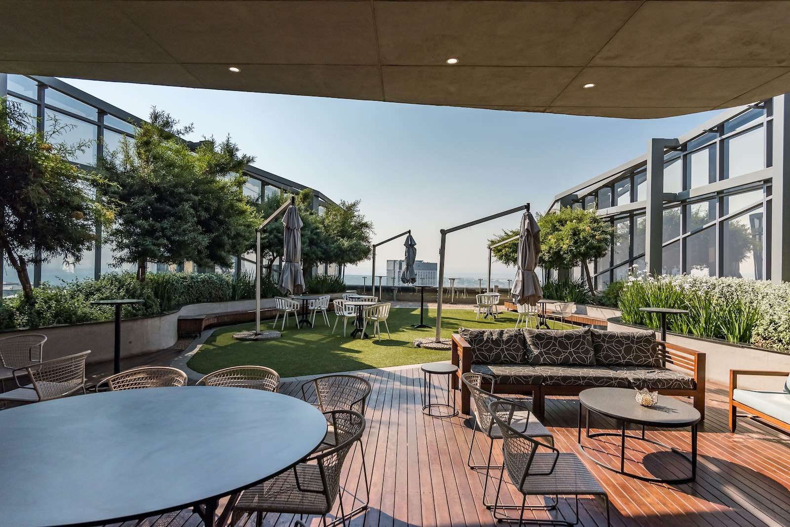 serviced office space to rent - the business exchange - 140 west street sandton Rooftop 1